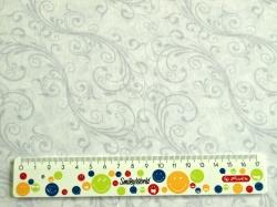 Látky Patchwork - Šedé ornamenty na bílé