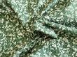 Látky Patchwork - Listy na tmavě zeleném podkladu