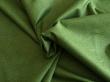 Látky Patchwork - Tečky na lahvově zeleném podkladu