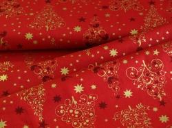Látky Patchwork - Vánoční stromky na červeném podkladu