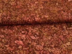 Látky Patchwork - Květy na vínově červeném podkladu