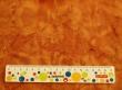 Látky Patchwork - Světle hnědá batika