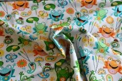 Látky Patchwork - Žáby na bílém podkladu