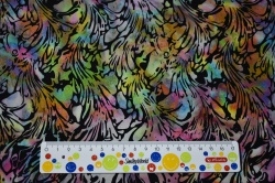 Látky Patchwork - Batika - barevné ornamenty na černém podkladu