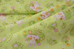 320-008 Zajíčci na sv. zeleném podkladu -