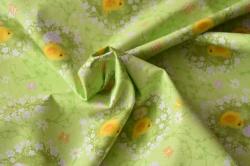 Látky Patchwork - Kuřátka s vajíčky na sv. zeleném podkladu