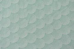 Látky Patchwork - Ornamenty na sv. zelenkavém podkladu