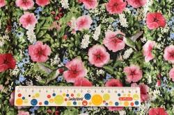 Látky Patchwork - Květy ibišků s kolibříky