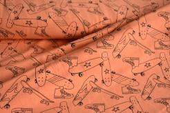 130474-1313 Neon - skateboard na oranžovém podkladu -