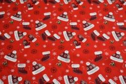 Látky Patchwork - Čepice a punčochy na jasně červené