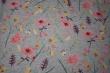 Látky Patchwork - Luční květy na šedém podkladu