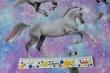 Látky Patchwork - Koně na duhovém podkladu