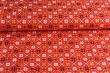 Látky Patchwork - Vánoční motiv na červeném podkladu
