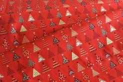 131505-5019 Vánoční stromečky na červeném podkladu -